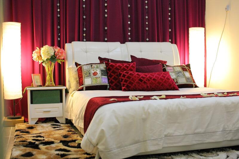 Dekorasi kamar pengantin simple