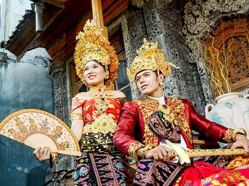 Baju Adat Bali Payas Jangkep