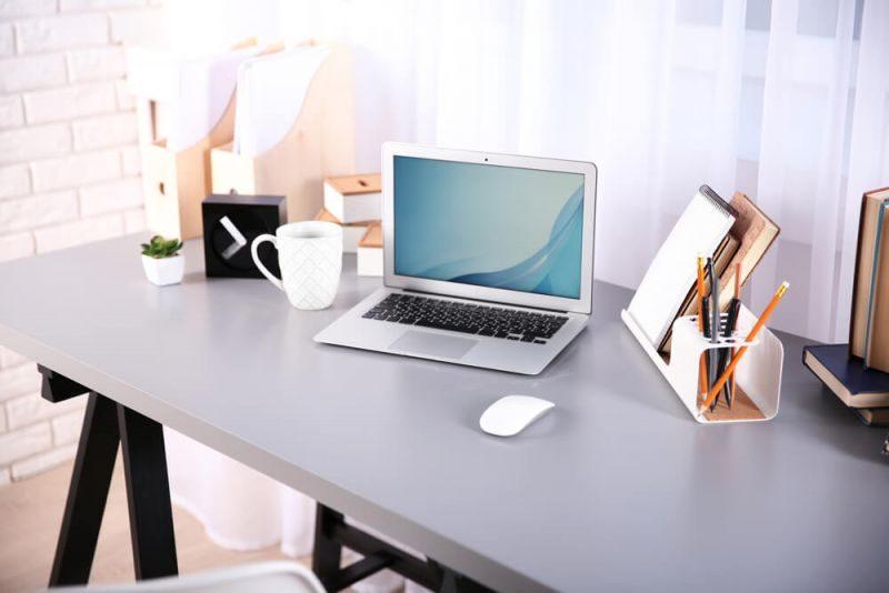 Lomba 17 Agustus Unik Hias meja kantor