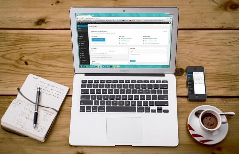 Photo of Dari 'Passive Income' Hingga Melejitkan Bisnis, Semuanya Mudah dengan Website