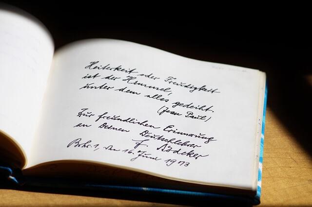 Puisi Romantis Singkat Padat Jelas